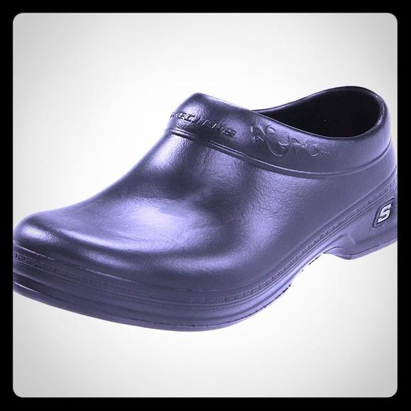 e2bac5ebf05 Skechers Clara Work Slip resistant size 10. M 5b3ea8af951996d3f8c41bd2